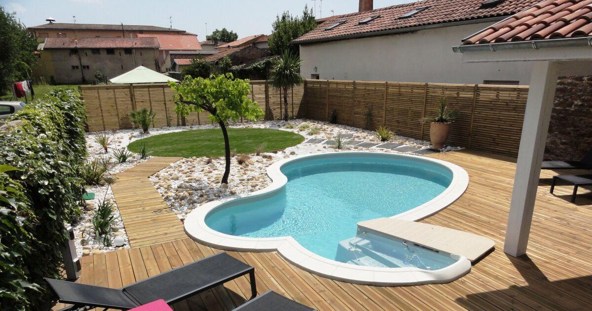 Ma piscine fuit que faire for Reparation fuite buse de refoulement piscine