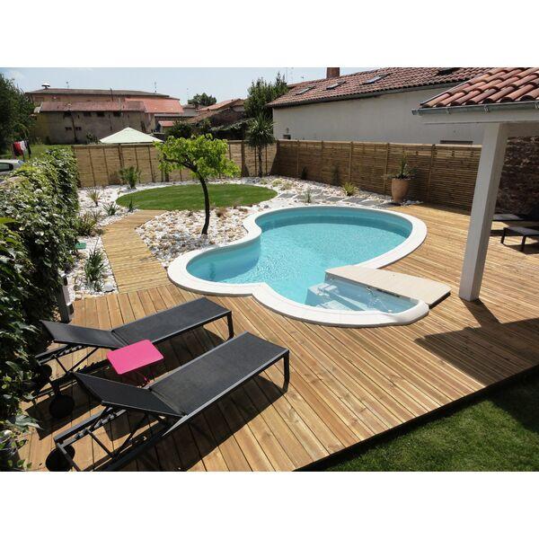 ma piscine fuit que faire. Black Bedroom Furniture Sets. Home Design Ideas