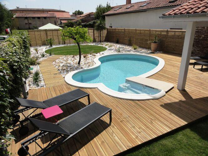 """Ma piscine fuit : que faire ?<span class=""""normal italic petit"""">© Waterair</span>"""