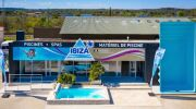 Piscines Ibiza enrichit son réseau