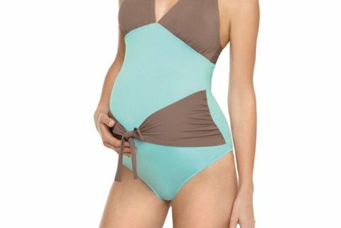 """Le maillot de bain de grossesse<span class=""""normal italic petit"""">© Les UltraViolettes Paris</span>"""