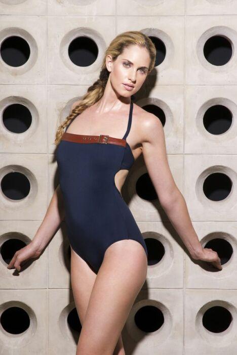 "Maillot de bain bustier une pièce bleu foncé Jog Swimwear<span class=""normal italic petit"">© Jog Swimwear</span>"