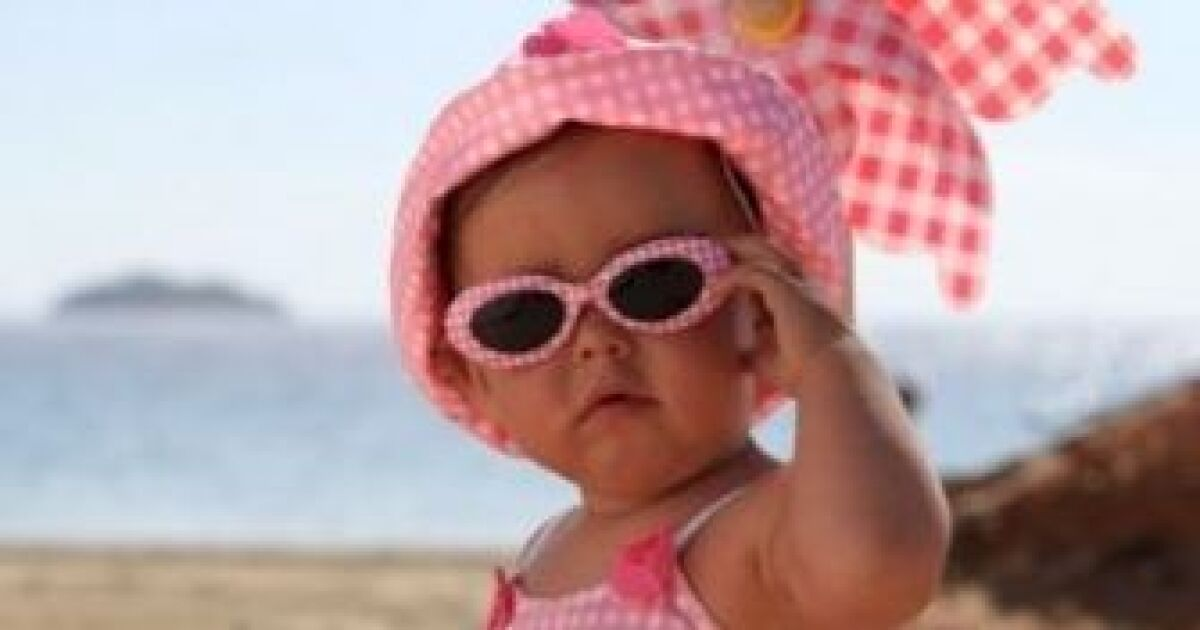 Maillot de bain pour bébé fille une pièce Pearl de Archimède b49c03c92fcd