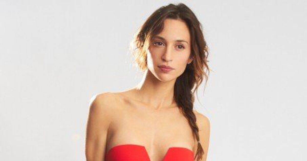 photos des maillots de bain une pi ce femme 2015 maillot de bain une pi ce rouge sans. Black Bedroom Furniture Sets. Home Design Ideas