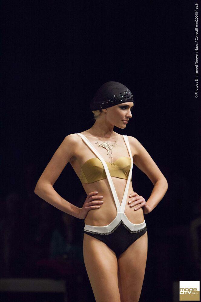 Maillot de bain trikini bandeau or, noir et blanc Limonada