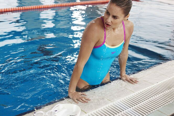 maillot de bain une pi ce bleu femme aquagym et natation speedo swim fitness 2013. Black Bedroom Furniture Sets. Home Design Ideas