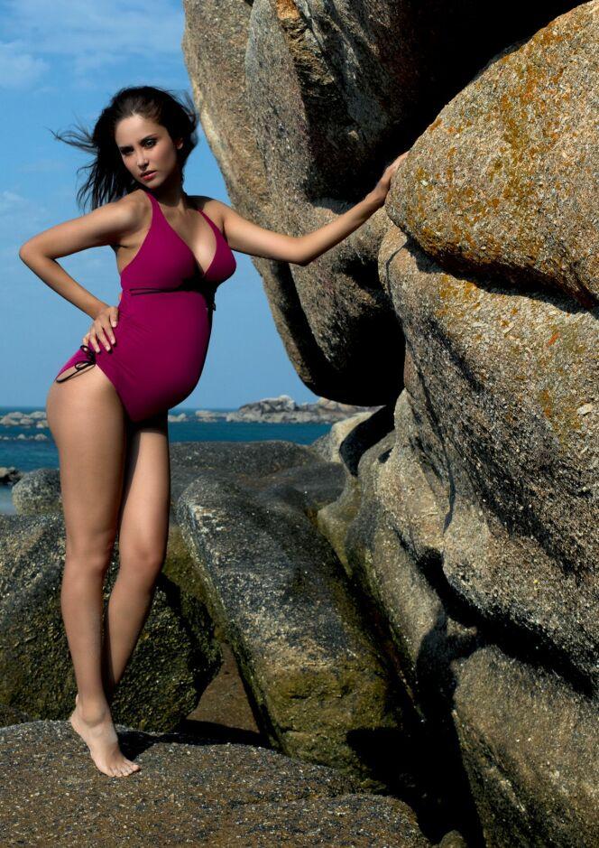 Maillot de bain une pièce grossesse Calypso cerise Cache Coeur 2013