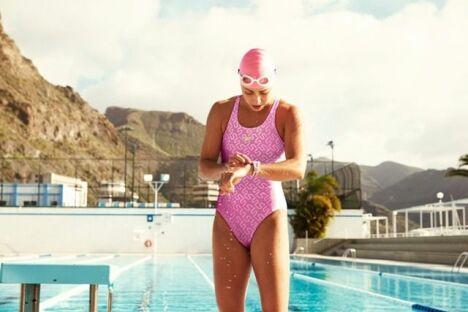 "Maillot de bain une pièce rose avec motifs Speedo Swim Fitness 2014 <span class=""normal italic petit"">© Speedo</span>"