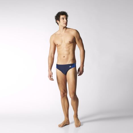 """Maillot de compétition homme de chez Adidas<span class=""""normal italic petit"""">© Adidas</span>"""