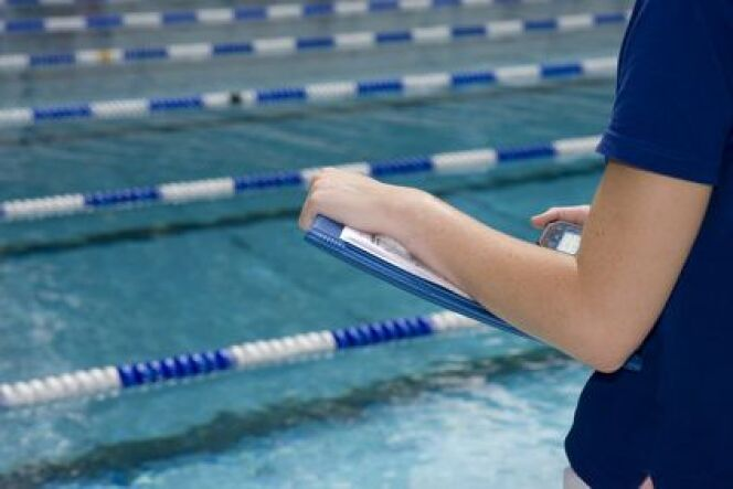 """Maître-nageur à domicile<span class=""""normal italic petit"""">DR</span>"""