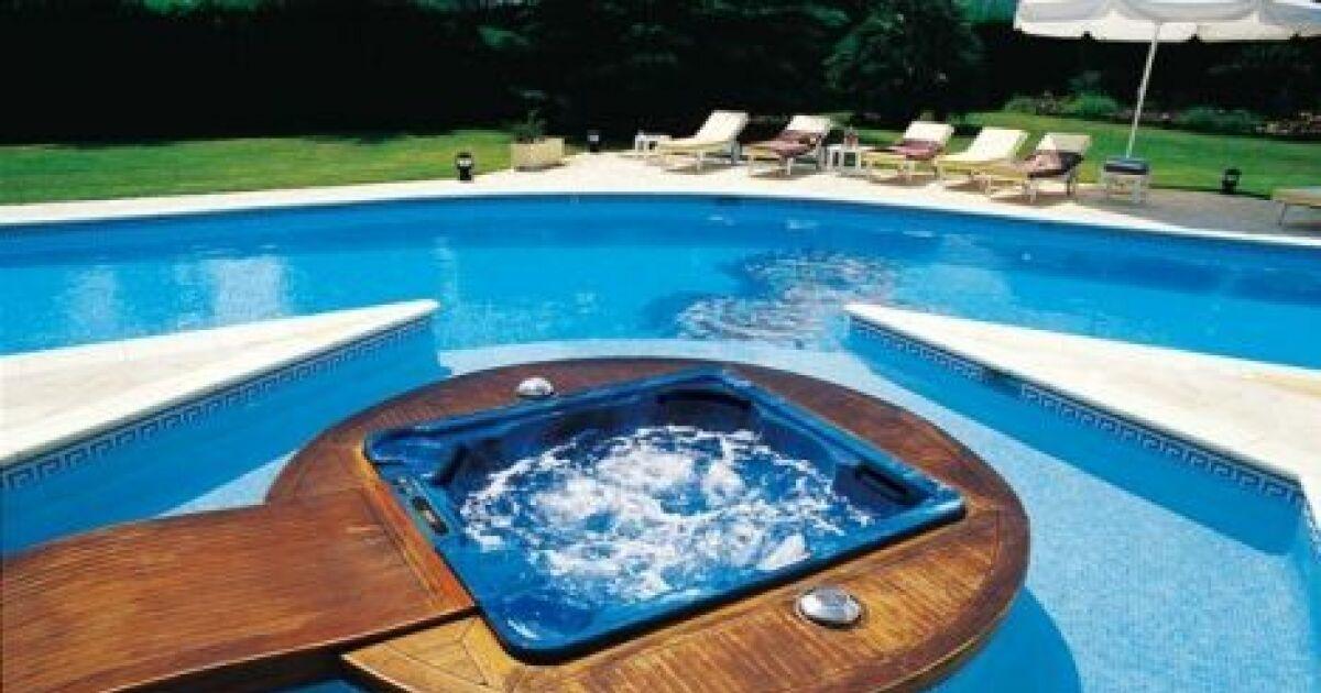 Ma triser l eau de son spa en p riode de canicule ou forte for Prix piscine spa