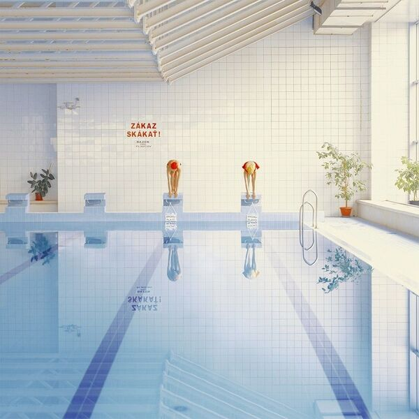maria svarbova quand la photo s invite la piscine. Black Bedroom Furniture Sets. Home Design Ideas