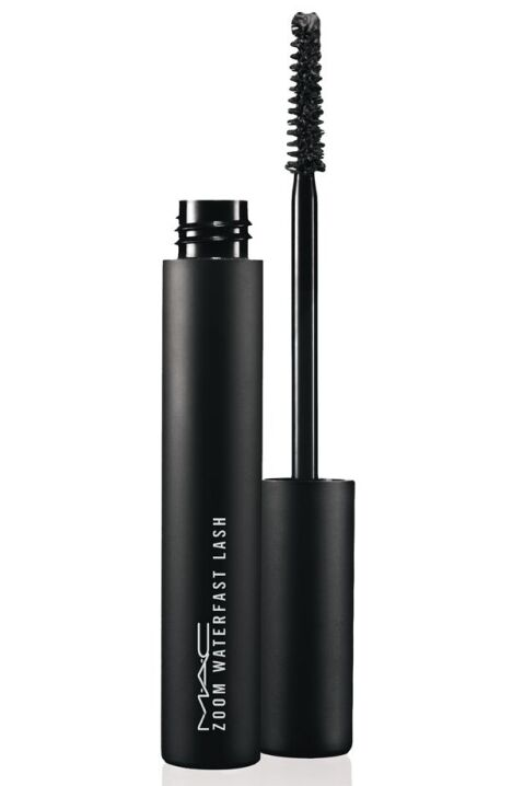 "Mascara waterproof Zoom Waterfast de Mac  <span class=""normal italic petit"">© Mac</span>"