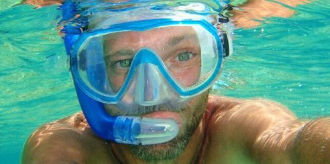 Le masque de plongée peut être équipé de verres correcteurs