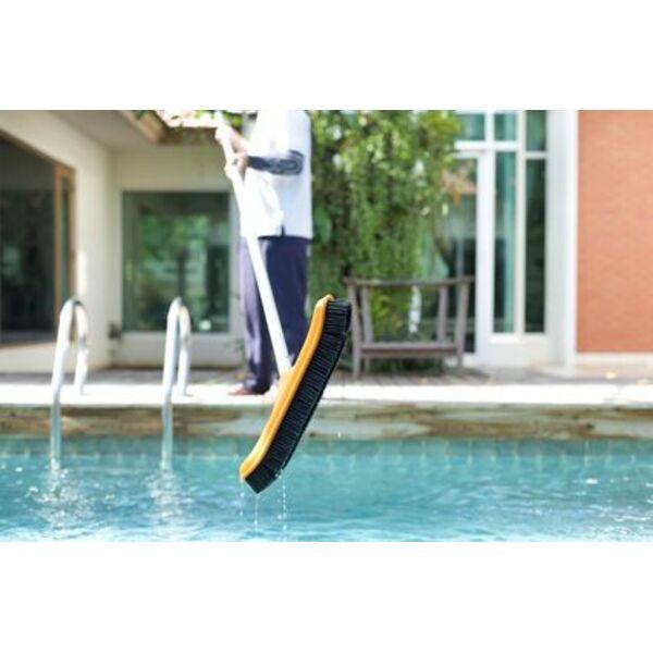 Mat riel de nettoyage piscine de quoi avez vous besoin for Materiel de piscine