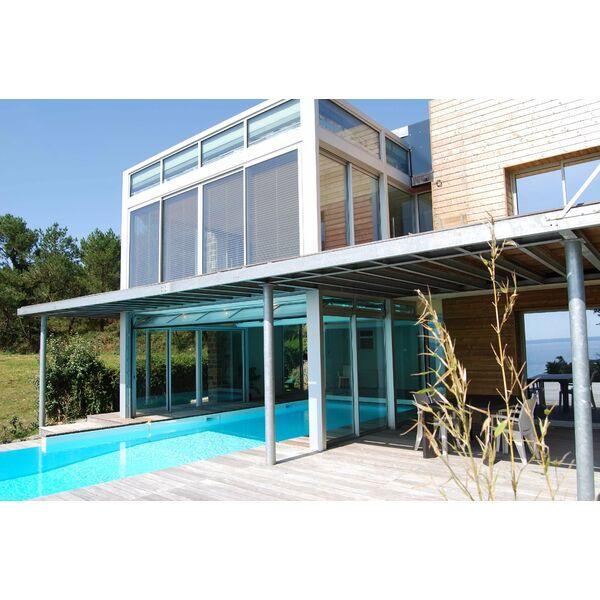 La piscine design par l 39 esprit piscine - Couloir de nage interieur ...