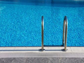 10 choses que vous ne saviez pas sur les piscines publiques