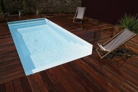 """Mini-piscine<span class=""""normal italic petit"""">© Piscines Caron</span>"""