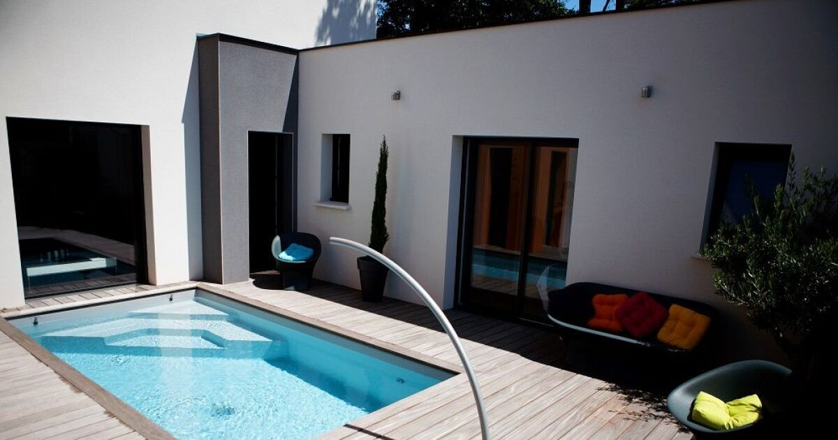 mini piscines fond plat confort caron piscines piscine enterr e caron piscines. Black Bedroom Furniture Sets. Home Design Ideas