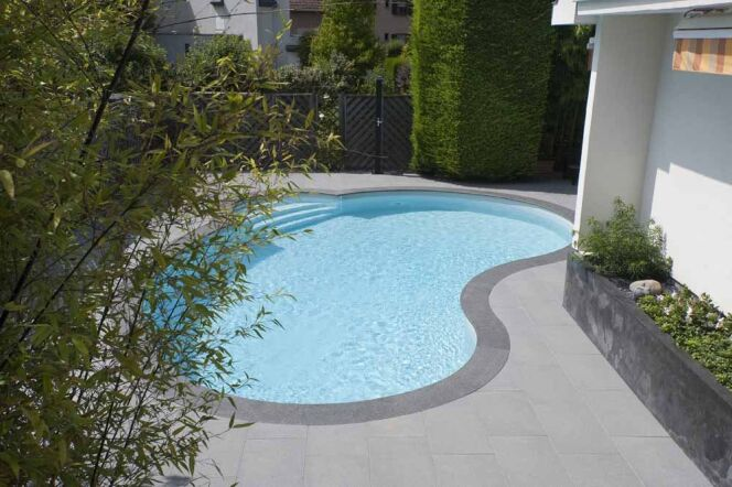 Mini piscine c line de waterair for Carrelage pour plage piscine