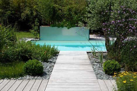 "Mini piscine par Caron<span class=""normal italic petit"">© Caron Piscines</span>"