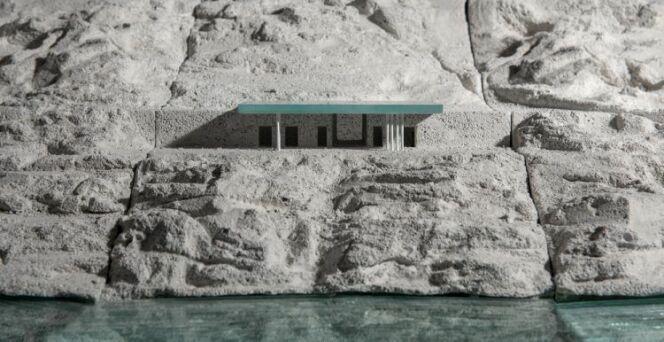 """« Mirage » : une piscine infinie sur le toit d'une maison<span class=""""normal italic petit"""">© Kois Associated Architects</span>"""