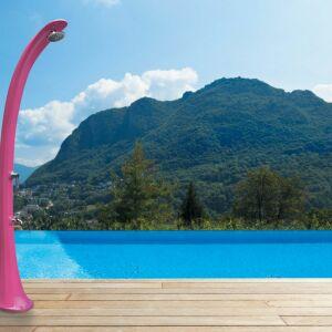 Poolstar : Zoom sur les douches de piscine Formidra