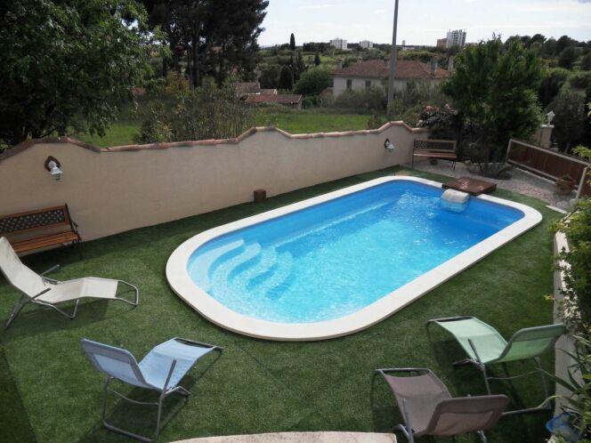 """Modèle de piscine """"Lac Blanc"""", par Arion Piscines"""