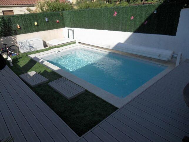"""Modèle de piscine """"Petit Lac"""", par Arion Piscines."""