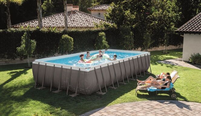 Modèle de piscine tubulaire Intex Ultra Silver
