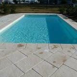 Coque de piscine avec volet intégré Escale Premium par P.I.D Escale Piscines
