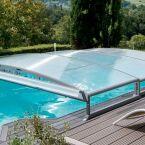 Pour 1€ de plus, Abrideal vous offre le transport et la pose ou la motorisation de votre abri de piscine