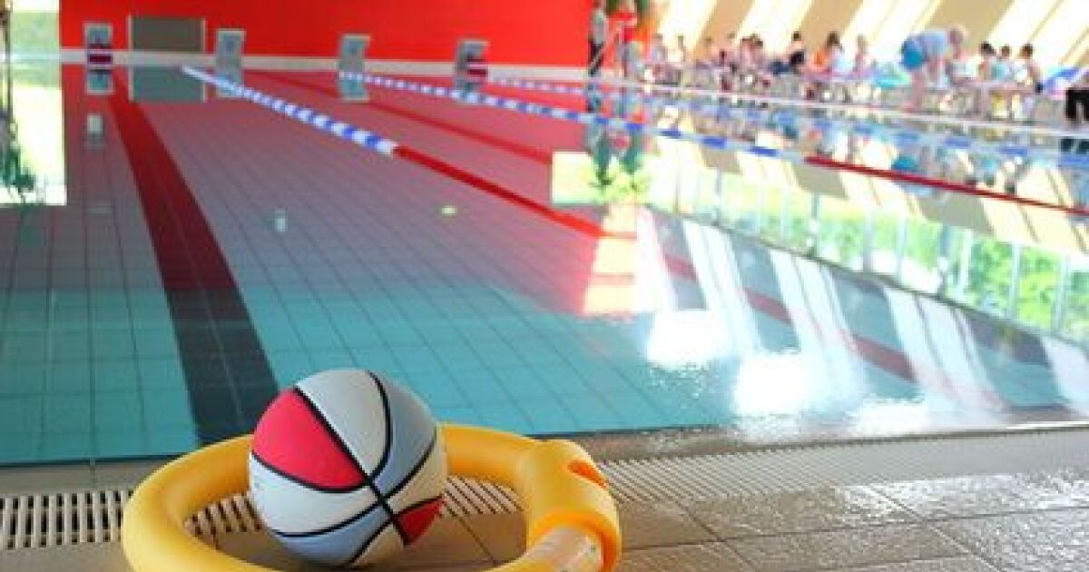 Mon enfant refuse d aller la piscine avec l cole que for 42 ecole piscine