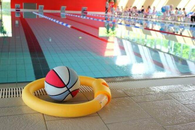 """Mon enfant refuse d'aller à la piscine avec l'école, que faire ?<span class=""""normal italic petit"""">© Fotolia_65502911_XS</span>"""
