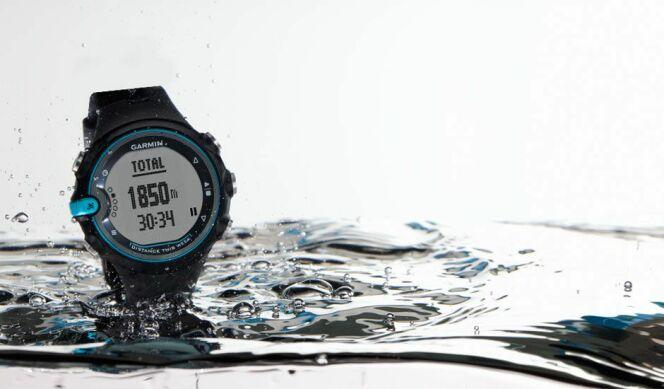 "Montre de natation : Swim Watch Garmin<span class=""normal italic petit"">© clubic.com</span>"