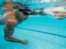 Muscler ses bras grâce à la natation