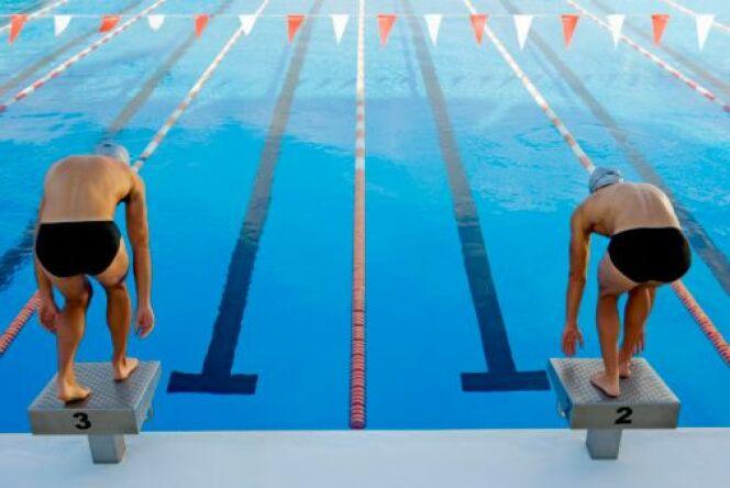 Nager à deux permet notamment d'augmenter sa motivation.