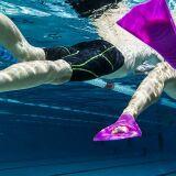 Nager avec des palmes : technique et bons mouvements