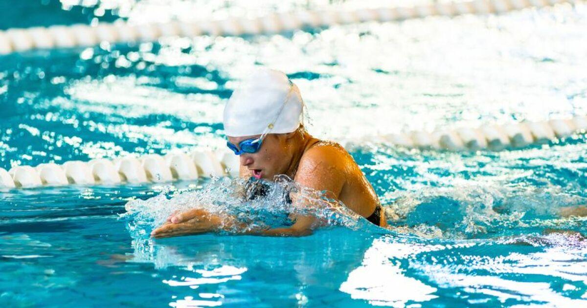 Apprendre la brasse conna tre les bases et les mouvements for Apprendre a plonger dans la piscine