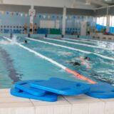 Article la planche de natation pour varier les fa ons - Nager en piscine avec des palmes ...