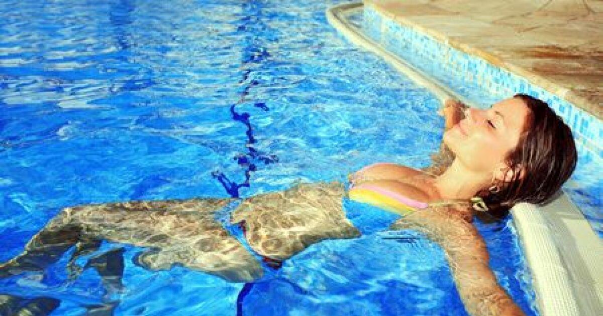 Nager pendant les r gles - Nager dans la piscine ...