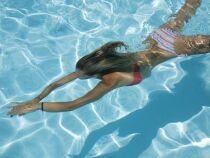 Nager pour perdre du ventre