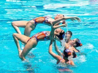 Natation synchronisée : un sport qui muscle harmonieusement