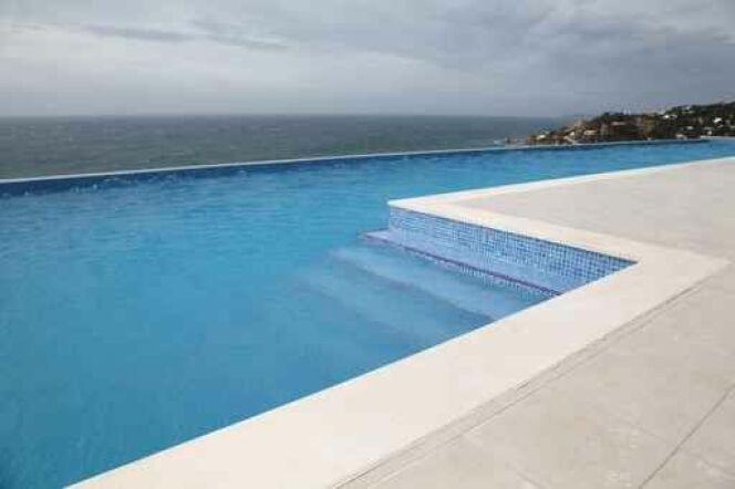 Nettoyage chimique du filtre sable de piscine for Nettoyage dalle piscine