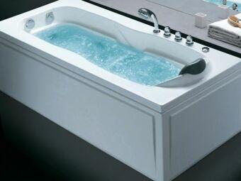 Nettoyer les buses de sa baignoire balnéo : un entretien indispensable