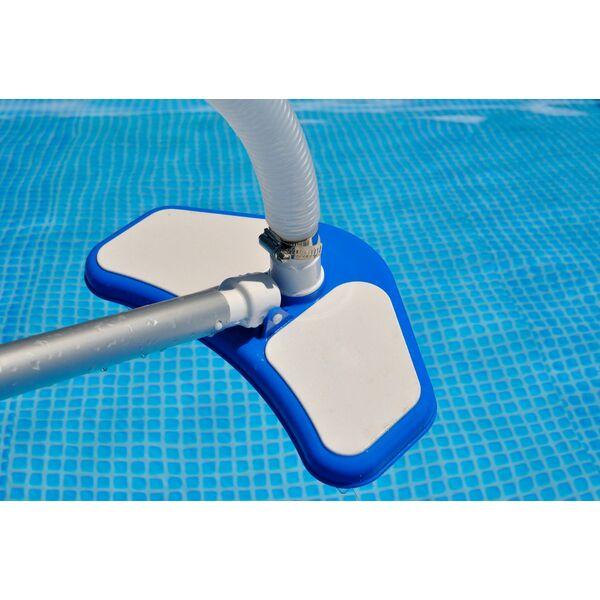 Nettoyeur de piscine for Aspirateur piscine electrique manuel
