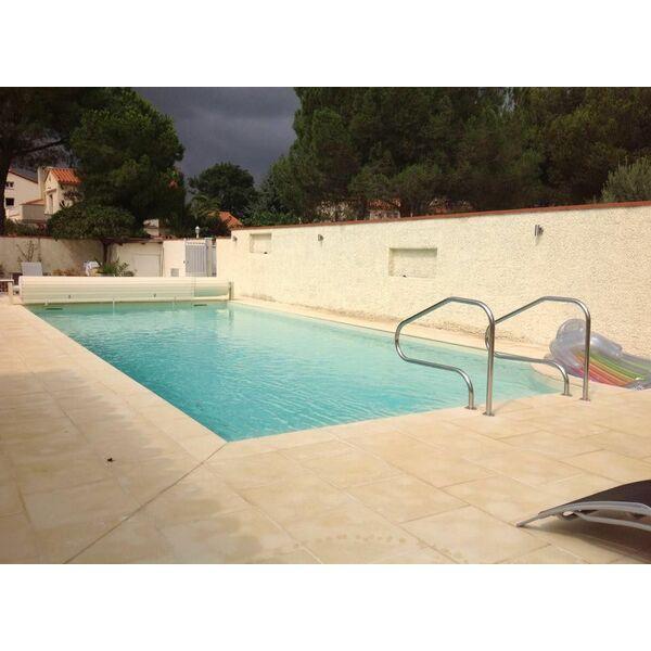 Rsc piscines everblue villelongue dels monts for Piscine everblue