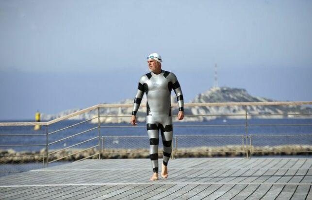 Nino Fraguela dans sa combinaison anti-requins Arena