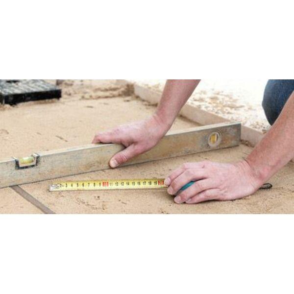 Niveler le sol pour une piscine une tape importante for Preparation sol pour piscine hors sol acier