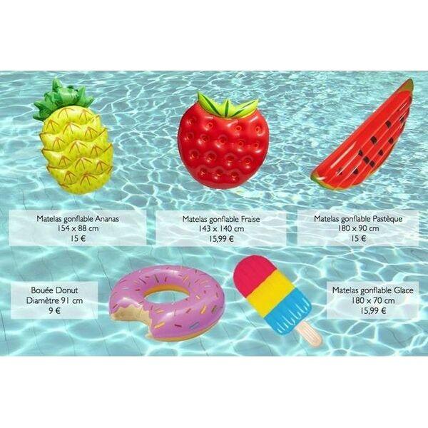 matelas piscine affordable superbe matelas pneumatique. Black Bedroom Furniture Sets. Home Design Ideas